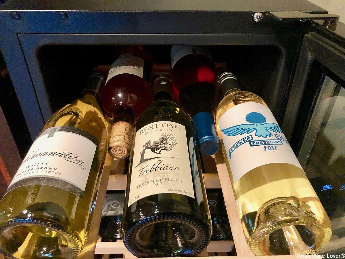 "NewAir 15"" Built-in 29 Bottle Dual Zone Wine Fridge wines"
