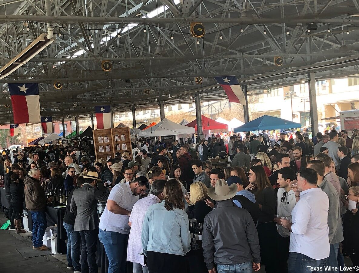 Crowd at the Dallas Farmers Market